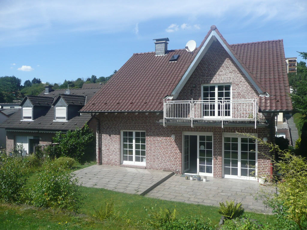 freistehendes einfamilienhaus in burgsteinfurt startseite design bilder. Black Bedroom Furniture Sets. Home Design Ideas