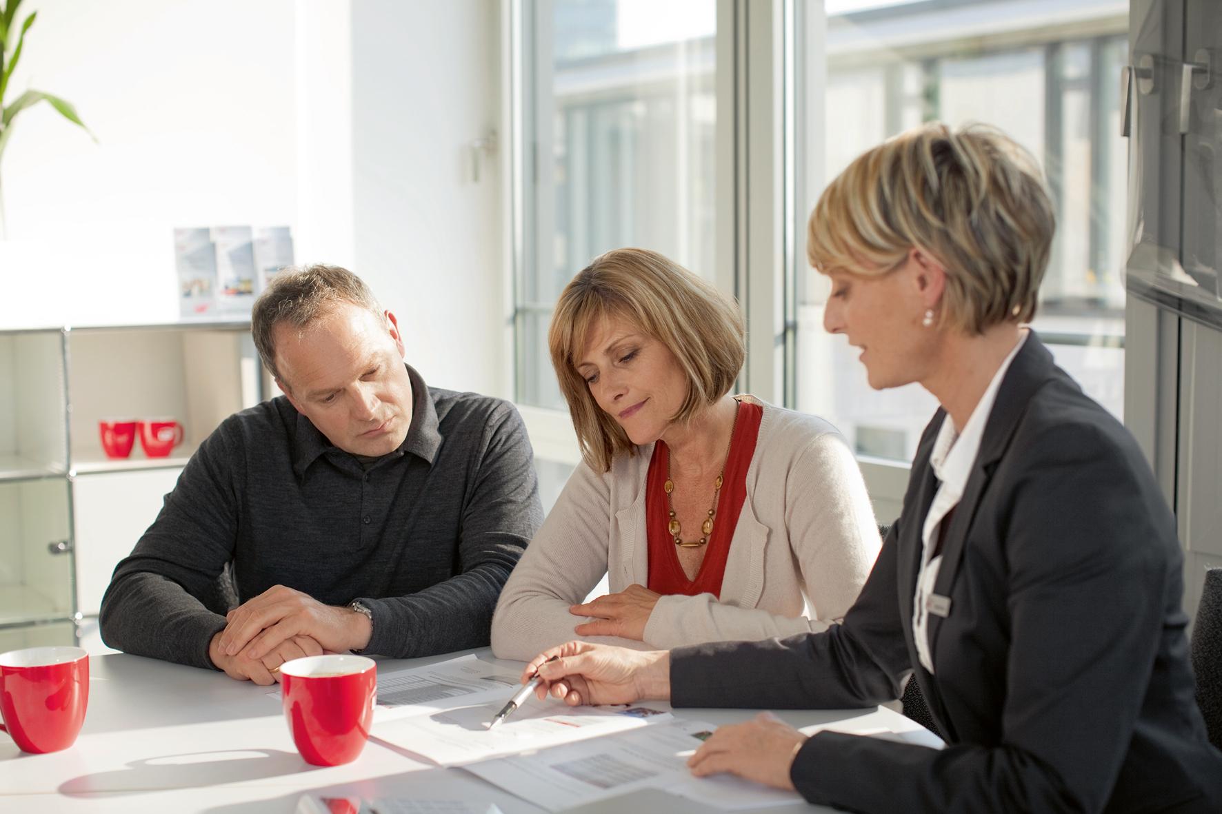 Der beste Weg zur passenden Immobilie führt über eine gute Beratung. Unsere Baufinanzierungsexperten helfen in allen Phasen der Planung