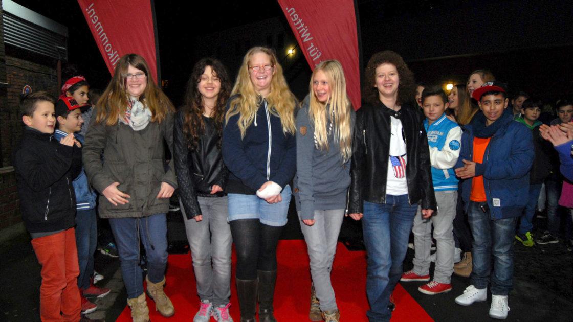 Star-Alarm!!! S-Club-Girls auf dem roten Teppich