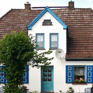 Hauskauf: Auch gebrauchte Immobilien haben ihren Charme - und Sie entgehen dem unvermeidlichen Stress in der Bauphase.