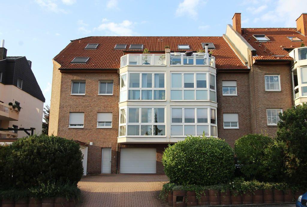 Sehr gepflegte 3,5-Zimmer-Eigentumswohnung mit gehobener Ausstattung und tollem Wintergarten